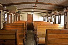 Interior d'un cotxe de viatgers by Museu del Ferrocarril de Catalunya, via Flickr