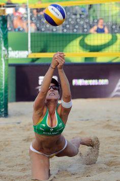 6. La beach-volleyeuse Agatha Bednarczuk dans toute sa splendeur