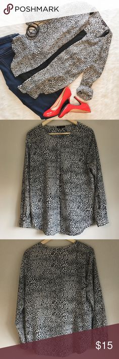 Violet & Claire Black and White Leopard Top Violet & Claire black and white leopard chiffon top. Size Large. Long sleeve. Gently worn. Violet & Claire Tops Blouses