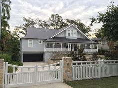 Longman Tce, Chelmer home Front Gate Design, House Front Design, Fence Design, Front Gates, Front Yard Fence, Fenced In Yard, American Style House, American Houses, Exterior House Colors Combinations