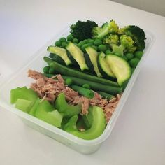 A photo posted by Meal Prep Society (@mealprepsociety) on Sep 13, 2015     at 11:49am PDT  High fiber, protein rich salad idea from @healthy_food_healthy_life_  Protein:      * Tuna  Vegetables:       * Broccoli     * Celery     * Snow peas     * Peas     * beans (optional)  Tips:       * To go completely clean, consume without dressing.   More on MealPrepSociety.com:         * More Ideas + Recipes     * Submit Your Prep     * 5 Step Guide to Meal Prep Share with your friends: