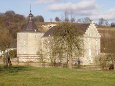 van valkenburg castle | Bestand:Oud-Valkenburg-Kasteel Genhoes-2.JPG - Wikipedia