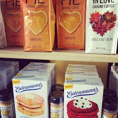 Does coffee & pancakes sound like fall? These are just a couple of our delicious new pancake mix flavours ☕️🍁🍽