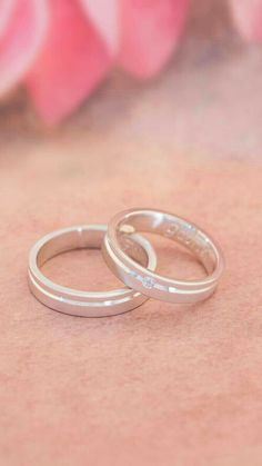 Engagement Rings Couple, Couple Rings, Couple Ring Design, Cute Jewelry, Unique Jewelry, Unicorn Fashion, Best Friend Necklaces, Promise Rings, Belle Photo