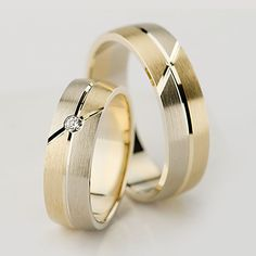 Verighete in 2020 Wedding Rings Sets His And Hers, Big Wedding Rings, Diamond Wedding Rings, Diamond Rings, Wedding Bands, Gold Rings, Engagement Rings Couple, Couple Rings, Gold Ring Designs