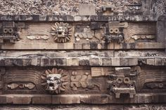 close-up view of the animals on the pyramid in La Ciudadela of Teotihuacán