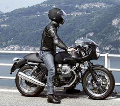 Foto de Moto Guzzi V7 Cafe, con carenado aún mejor (1/8)