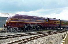 "LMS streamlined Princess Coronation steam locomotive 6229 ""Duchess of Hamilton"" Steam Trains Uk, Time Travel Machine, Old Trains, Vintage Trains, Train Truck, Steam Railway, Train Art, British Rail, Train Pictures"
