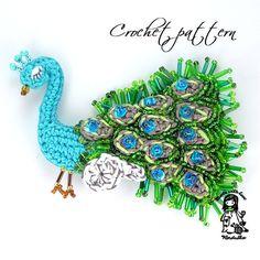 Crochet pattern  peacock  brooch DIY par VendulkaM sur Etsy, $4.80