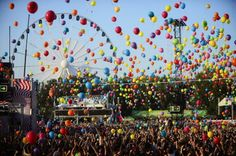 Balloon party at Sziget #festival 2013 / Find out about the 2014 edition here: http://festkt.co/1rR8wG