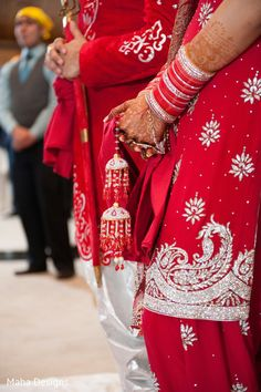 Bridal Jewelry http://maharaniweddings.com/gallery/photo/21981 @Zainab Zafar/wedding-and-lifestyle-photography-by-maha-designs