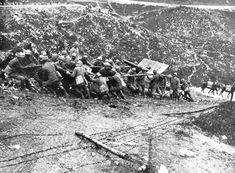 http://cronologia.leonardo.it/storia/mondiale/mondia2.htm. WWI Italian front