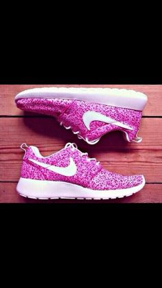 Pink dotted Nike shoes!
