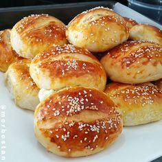 Tasty Bread Recipe, Bread Recipes, Baking Recipes, Turkish Recipes, Perfect Food, Bon Appetit, Bagel, Delicious Desserts, Brunch