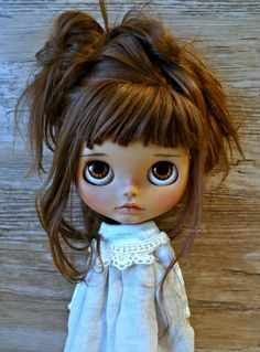 Happy week to all! Blythe Dolls For Sale, Ooak Dolls, Pretty Dolls, Beautiful Dolls, Happy Week, Foto Baby, Valley Of The Dolls, Little Doll, Doll Repaint