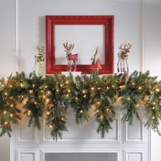 Cascading Christmas Garland.  I must try to replicate this using the real thing for outdoor  railings.