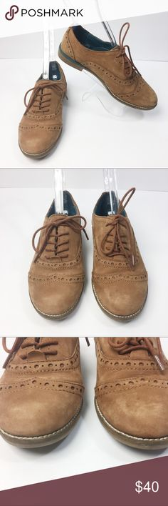 """ALDO Oxford Shoes Lace Up Teal Blue Inside Measurements  *Measurements are approximate and for reference only*  Long: 9.5"""" Wide: 3"""" Tall: 3"""" Heel: 1""""  Please note that slight color difference should be acceptable due to the light and screen. Check measurements to insure fit.  BIN6 Aldo Shoes Flats & Loafers"""
