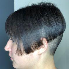 Short Hair Cuts, Short Hair Styles, Buzzed Hair, Shaved Nape, Hair Tattoos, Hair Dye Colors, Bowl Cut, Undercut Hairstyles, Bad Hair