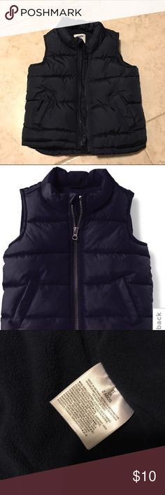 Old Navy - puffer vest - 2T - Ink Old Navy frost free vest - size 2T, color Ink. This is perfect for fall 🍂🍁 weather, super warm and super cute. Interior is fleece lined. Perfect for everyday! In great condition. My son is wearing the same one in 3T now 😃 Old Navy Jackets & Coats Vests