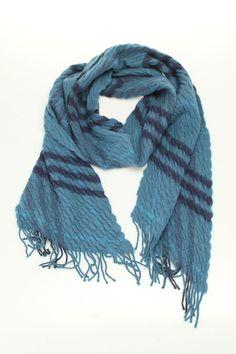 Burberry -cashmere scarf~ Point De Distribution De Burberry, Burberry  Écharpe, Écharpe En 80d42565425
