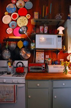 House Tour: Sam's Carriage House Meets Gypsy Caravan San Francisco   Apartment Therapy