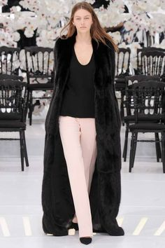 Christian Dior | Fall 2014 Couture Collection | Look 25