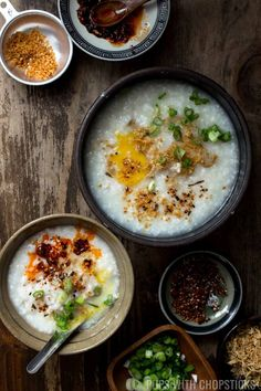 A recipe for a simple, comforting and creamy congee, that is easy to make, and super comforting for days when you're feeling ill and need something nourishing to eat or when you're just craving it! Chinese Breakfast, Porridge Recipes, Rice Porridge, Cooking Recipes, Healthy Recipes, Easy Asian Recipes, Singapore Food, Ramen, Gourmet
