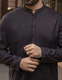 Stylish Junaid Jamshed Men's Kurta For Yr 2019 Styles for Semi formal Wear Indian Men Fashion, Mens Fashion Suits, Man Fashion, Designer Suits For Men, Designer Clothes For Men, Gents Suit Design, Dress Shirts For Women, Men Dress, Man Dress Design