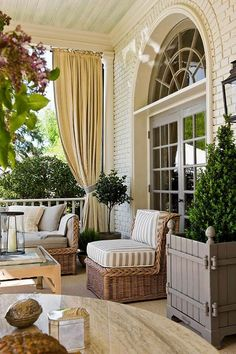 Front porch decorating ideas. Find other home design and interior decorating ideas, tips and inspiration on my blog: http://www.inspiredtostyle.com