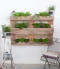 Plant a garden in a pallet. #etsyfinds