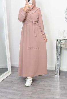 Modest Fashion Hijab, Modern Hijab Fashion, Muslim Women Fashion, Hijab Fashion Inspiration, Fashion Outfits, Modest Long Dresses, Modest Maxi Dress, Stylish Dresses For Girls, Mode Abaya