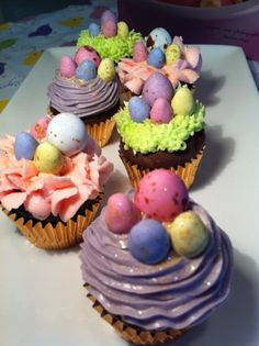"""""""hoppy"""" Easter Cupcakes Recipe on Best Home Chef:"""