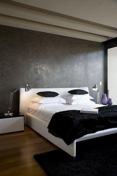 black wall, bedroom, Czarna ściana w sypialni, czarno - biała pościel