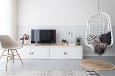IKEA hack: turn the IKEA PS cabinet into a special TV unit with the help of this . - Ikea DIY - The best IKEA hacks all in one place Ikea Hackers, Ikea Hack Besta, Ikea Living Room, Living Room Interior, Ikea Ps Cabinet, Decoration Ikea, Muebles Living, Casa Clean, Home Decor