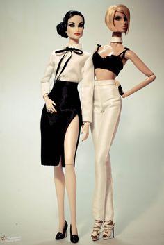 IMG_2489 Hi Fashion, Fashion Dolls, Barbie Dolls, Dolls Dolls, Beautiful Outfits, Beautiful Clothes, Formal Wear, Fabric Flowers, Art Dolls