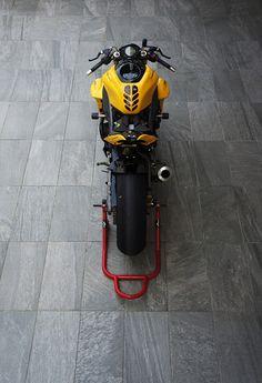Motorcycle Design, Bike Design, R15 Yamaha, Johnny Bravo, Concept Motorcycles, Electric Bicycle, Classic Bikes, Sport Bikes, Motorbikes