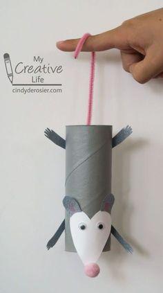 Paper roll opossum craft for kids Toilet Paper Roll Crafts, Paper Crafts For Kids, Baby Crafts, Toddler Crafts, Preschool Crafts, Diy Paper, Projects For Kids, Paper Crafting, Fun Crafts