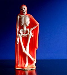 Halloween skeleton candle by Gurley 1960s Halloween, Halloween Magic, Vintage Halloween, Fall Halloween, Happy Halloween, Halloween Night, Halloween Candy Apples, Halloween Candles, Halloween Skeletons