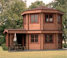 2 Story Guest House Garden Shed I Would Love To Have This One Or A
