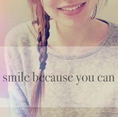 senyumlah!