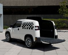 Toyota U2 Urban Utility Concept Vehicle has been designed to fit lifestyle spirit in urban areas.