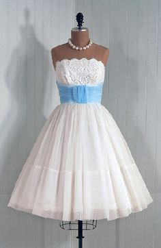 Would love this for a wedding dress but floor-length.