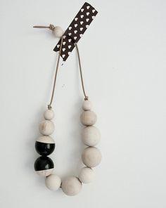 black oslo necklace ▲ le voyage creatif . via lulu dee