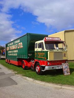 Old Lorries, British Rail, Volvo Trucks, Vintage Trucks, Classic Trucks, Buses, Cars And Motorcycles, Trailers, Transportation