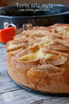Apple Pie with custard - Torta di mela con crema pasticciera