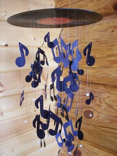 Vinyl Record Music Note Mobile Reserved for Yoshi by MobileMadness Music Nursery, Music Bedroom, Music Party Decorations, Music Decor, Mobiles Art, Music Themed Rooms, Record Crafts, Music Classroom, Baby Boy Nurseries