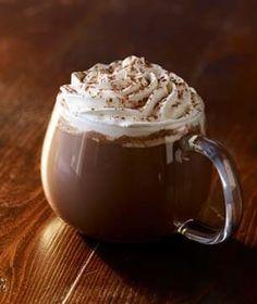 Starbucks Classic skinny hot chocolate, ok this one probably isn't very skinny. Homemade Hot Chocolate, I Love Chocolate, Chocolate Coffee, Chocolate Sprinkles, Christmas Chocolate, Frappuccino, Starbucks Menu, Starbucks Coffee, Food Fantasy