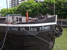 La Parisienne du Nord: L'Eau et les Rêves, la péniche-librairie du canal de l'Ourcq