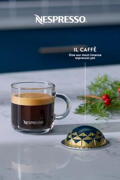 Holiday party planning can be stressful and tiring; here's something to make it go smoother. Introducing Il Caffè from Nespresso's wide variety of limited edition Italian-inspired coffees. It's one of our most intense espressos yet. Nespresso Recipes, Nespresso Usa, Nespresso Boutique, Italian Espresso, Home Coffee Stations, Coffee Pods, Health And Safety, Kids House, Party Planning