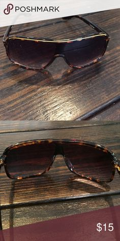 AND 1 sunglasses Excellent condition AND 1 Accessories Sunglasses
